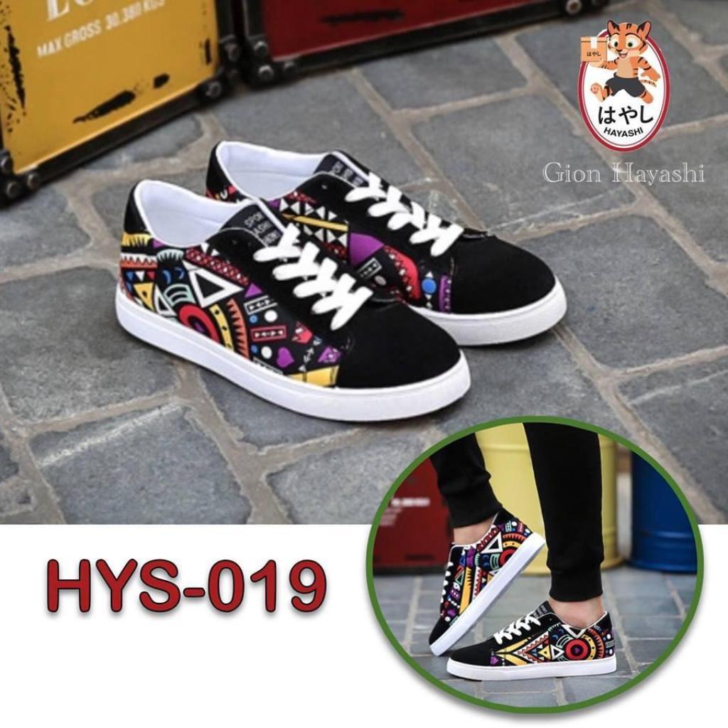 [  กราฟฟิคม่วง ] Hayashi -  รองเท้าผ้าใบ รองเท้าแฟชั่น รองเท้าผ้าใบผู้ชาย รุ่น HYS-019  กราฟฟิคม่วง ] Hayashi -  รองเท้า