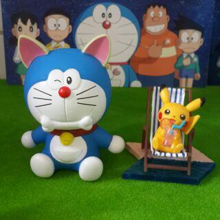 2 mô hình Doraemon & Pikachu