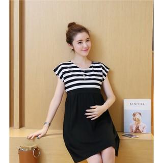 Váy Bầu Kẻ Phối Đen Tay Hến thumbnail