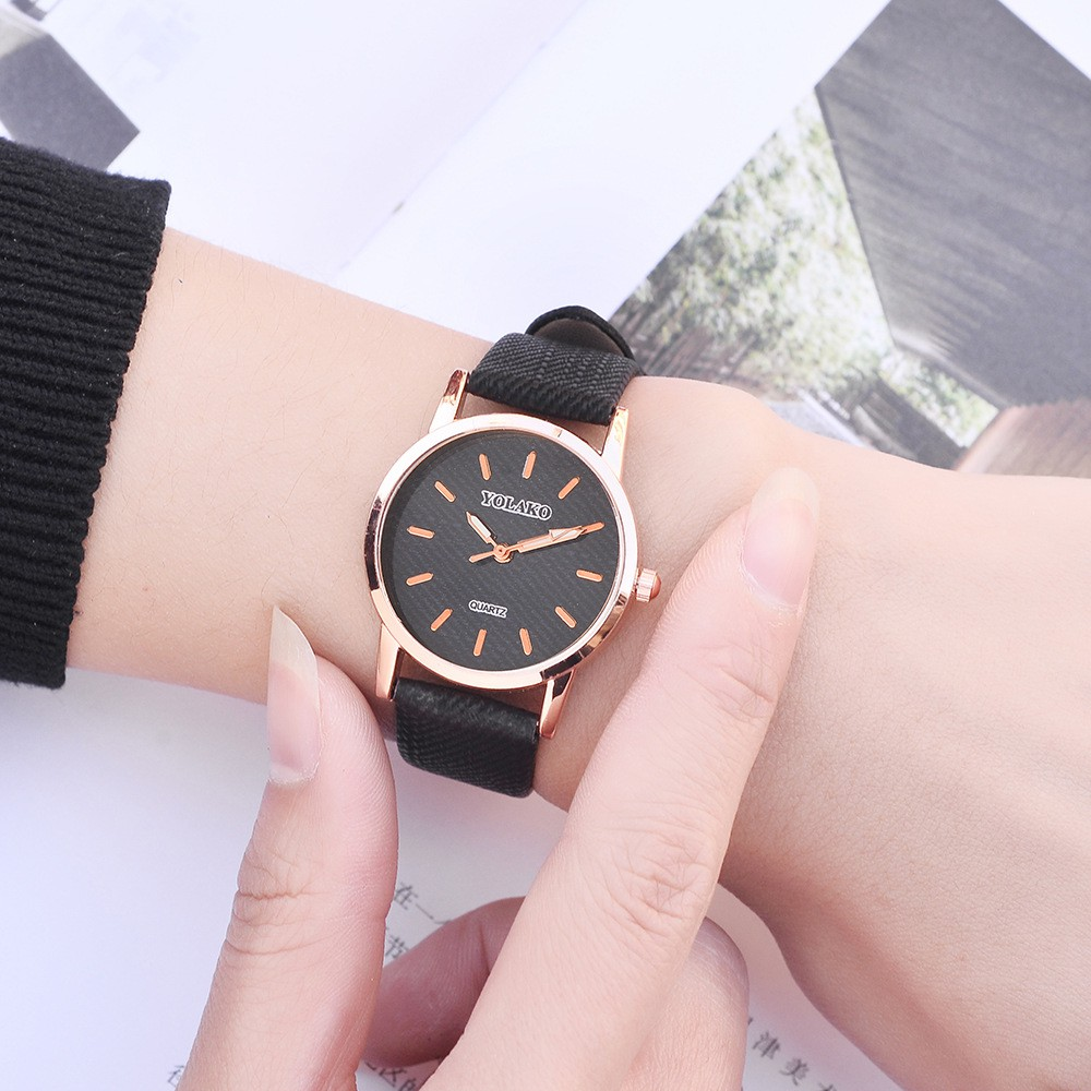นาฬิกาข้อมือสายคล้องหนังแฟชั่นสตรี