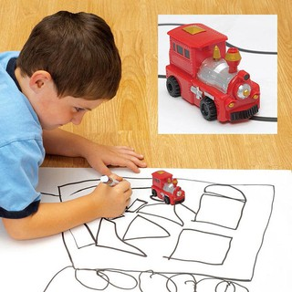 Xe ô tô đồ chơi cảm ứng chạy trên nét bút vẽ