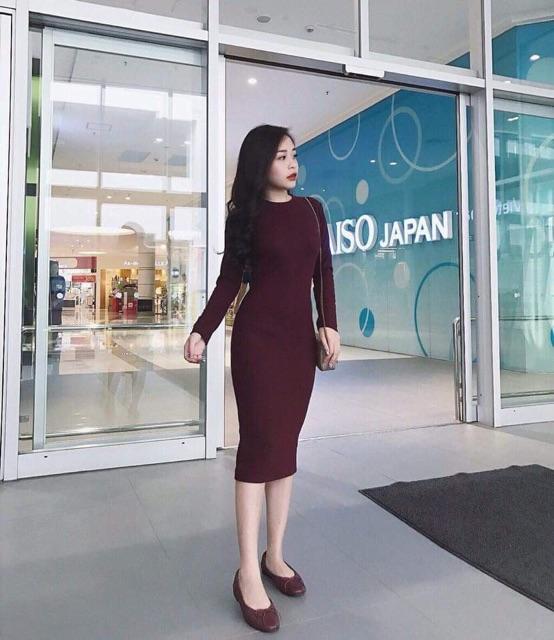 Váy Body Cổ Tròn Tay Dài - loại 1m