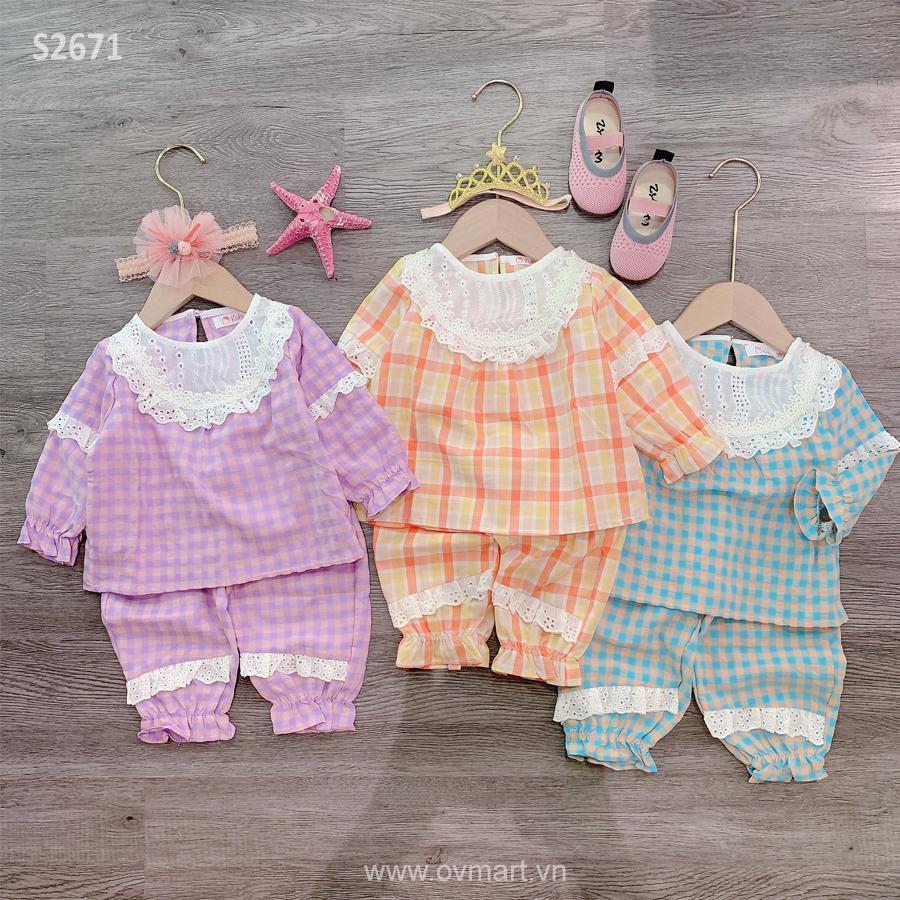 Pijama caro ngực ren trắng BG