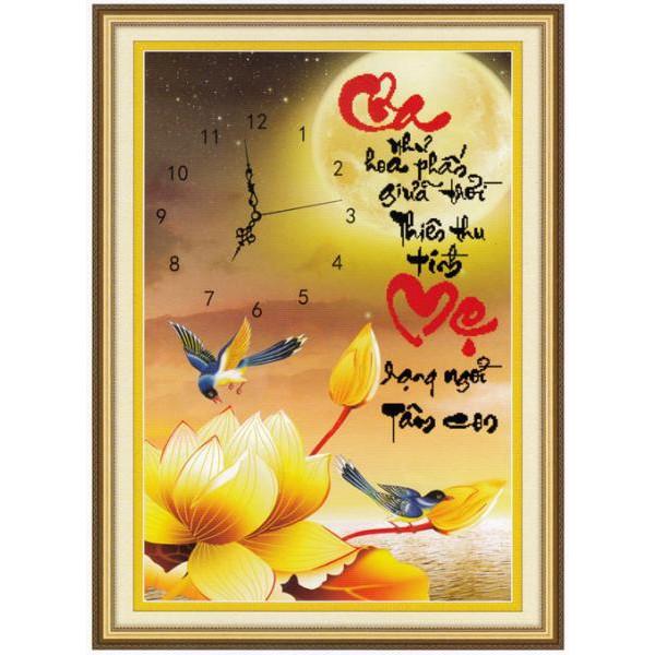 Tranh thêu chữ thập chưa thêu Cha Như Hoa Phấn Giữa Trời Thiên Thu Tình, Mẹ Rạng Ngời Tâm Con