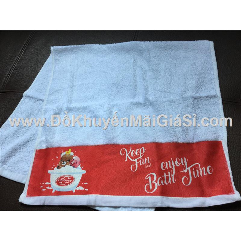 Khăn tắm Lifebuoy màu trắng phối đỏ ở chân khăn - Kt: (80 x 40) cm.