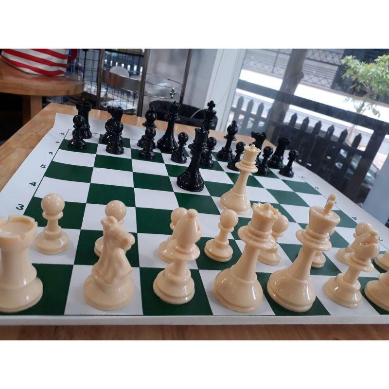 (Loại đặc đẹp) Bộ cờ vua thi đấu quốc tế bền đẹp size lớn, bàn giả da in hấp nhiệt