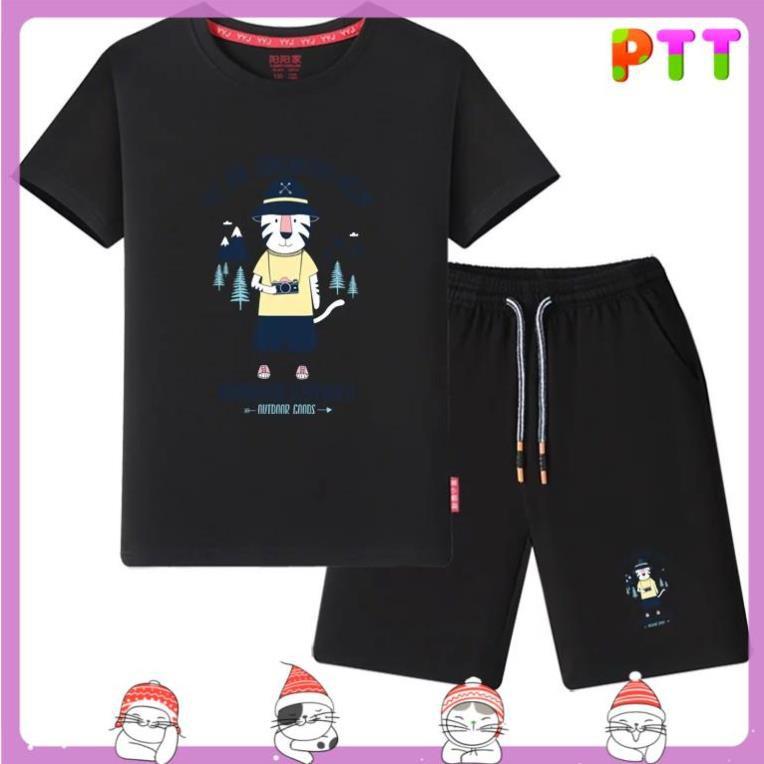 Sét bộ thể thao họa tiết PTT Fashion