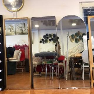 Gương nịnh/ gương soi toàn thân gỗ min công nghiệp( hàng gương khách vui lòng chat trước với shop)