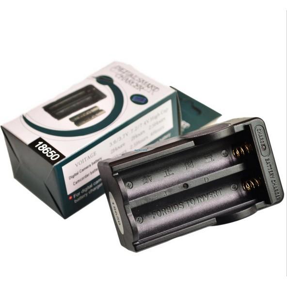 Bộ sạc pin Lithium 18650 3.7V4.2V chân đế sạc pin kép