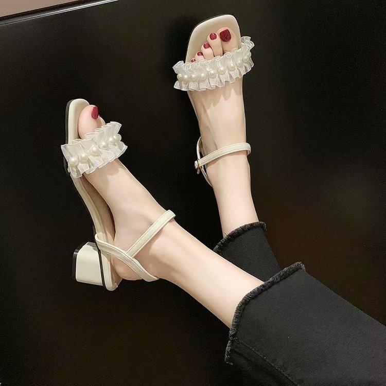 Đôi giày cao gót quai ngang nhún bèo xinh xắn cho nữ