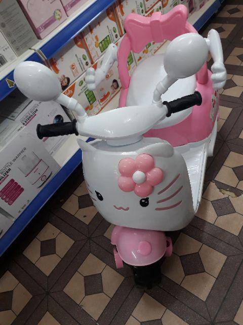 Xe máy điện kitty cho bé