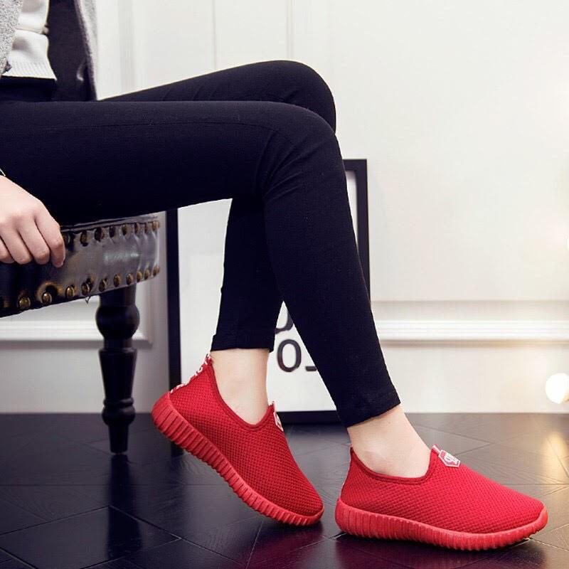 [SALE TRI ÂN] Giày Lười Crown Đỏ đen hot