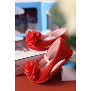 SUU. Giày bé gái hoa hồng đỏ thumbnail