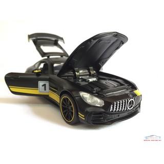 Đồ chơi mô hình xe Ô TÔ Mercedes-Benz GT S 2018 tỷ lệ 1:32