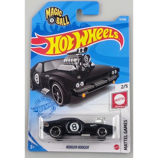 Xe mô hình Hot Wheels Rodger Dodger