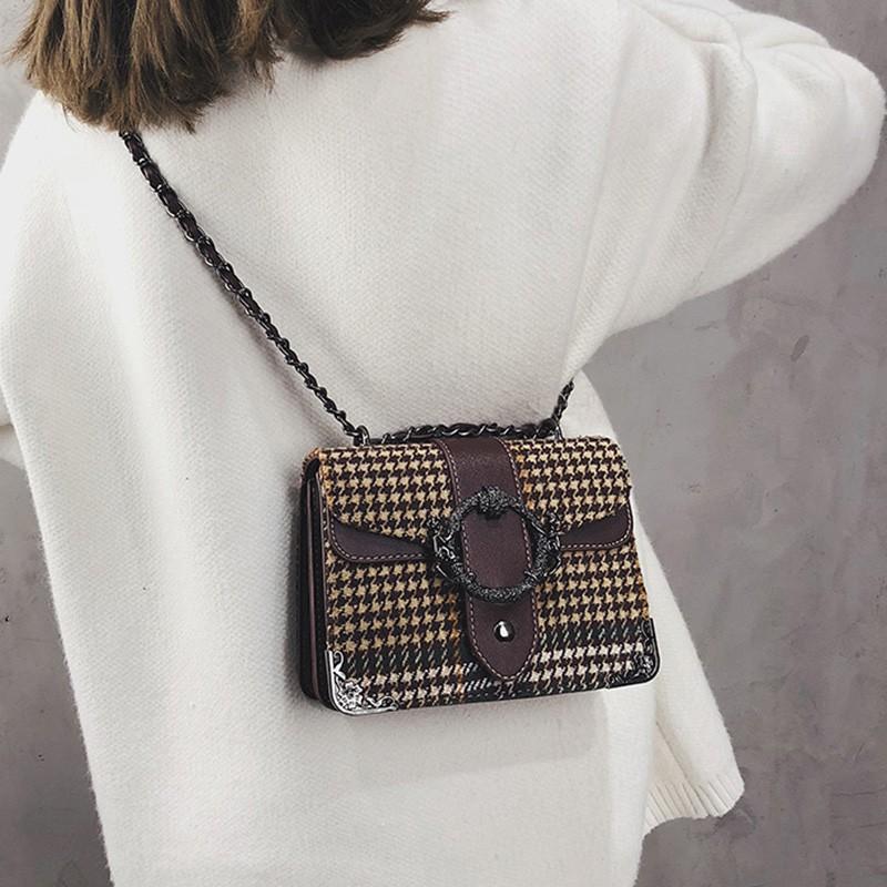 Bag female 2018 new winter Korean version of the retro woole