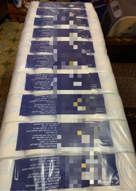 Giấy cuộn giấy vệ sinh cao cấp 3 lớp 20cuộn/bịch giá rẻ