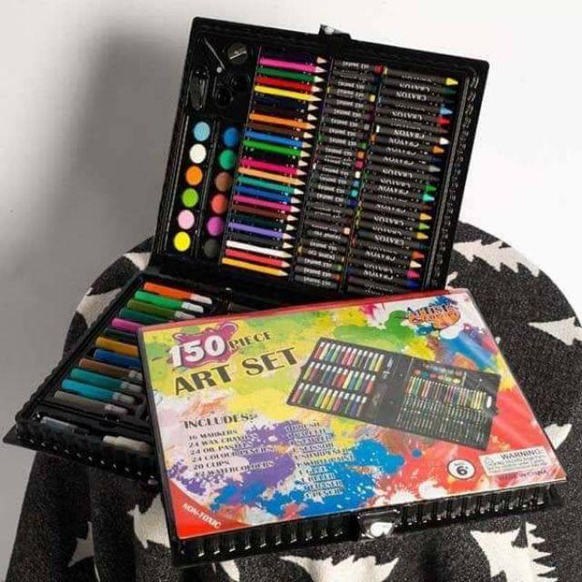 Hộp bút màu 150 chi tiết