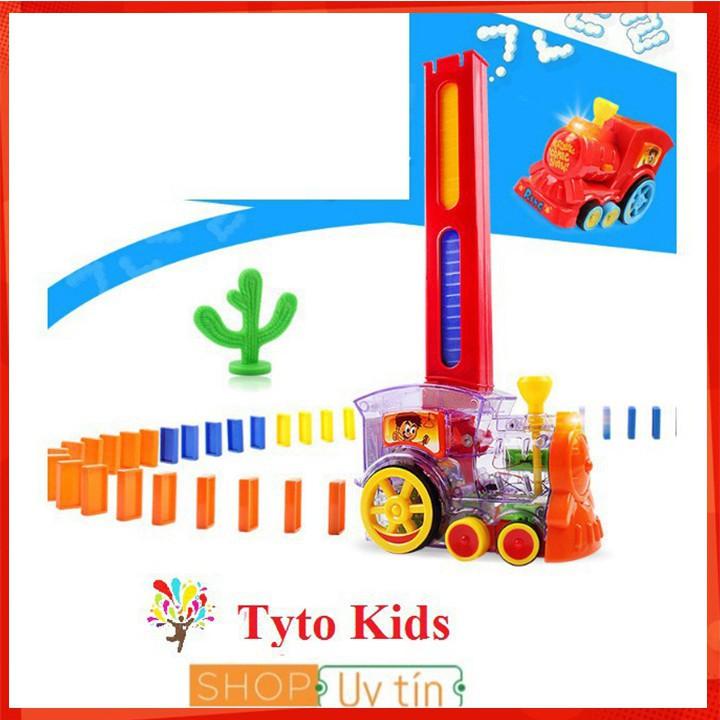[ẢNH TỰ CHỤP] Bộ đồ chơi tàu hỏa Domino giúp bé rèn luyện sự khéo léo và tính kiên nhẫn...