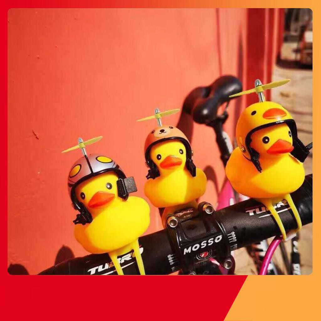 [Rẻ Vô Địch] Vịt gắn xe máy có ĐẾ + ĐÈN + MŨ BẢO HIỂM + QUẠT ( HÀNG CÓ SẴN ) GDBEOA22