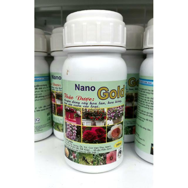 Chế phẩm Nano gold thảo dược chuyên phòng bệnh cho hoa lan và hoa hồng - chai 250ml