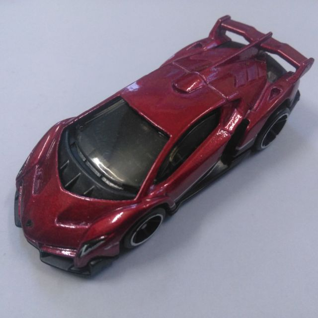 Xe Hotwheels Lamborghini Veneno red color , xe đẹp như mới