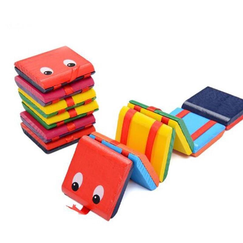Đồ chơi hình con rắn bằng gỗ sáng tạo đáng yêu dành cho các bé