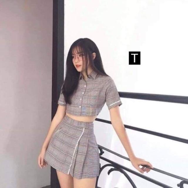 Sét váy áo kẻ croptop Tr&Đ