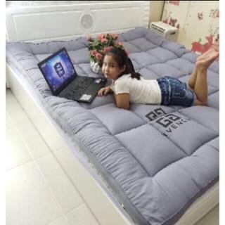 Yêu ThíchTopper nệm trải giường hoặc trải sàn( 100% mút tấm)