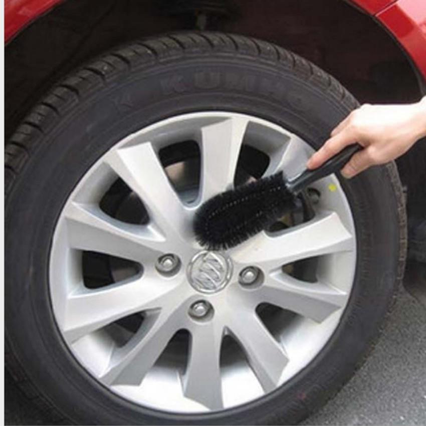 Bàn chải cọ rửa làm sạch lốp ô tô 206157 (Đen)