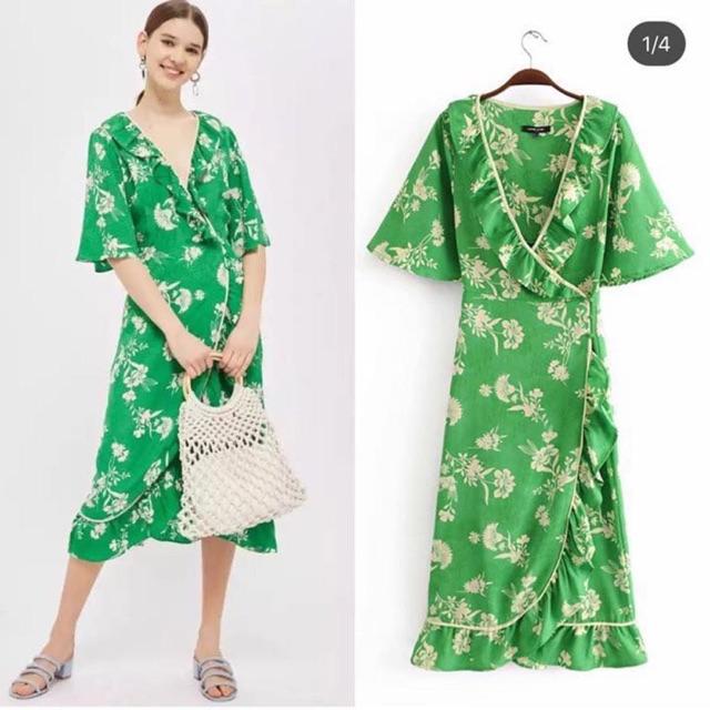 Váy ASOS midi vải nổi hoạ tiết hoa lá