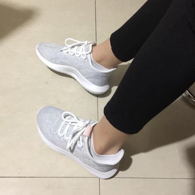 Giày chạy nữ