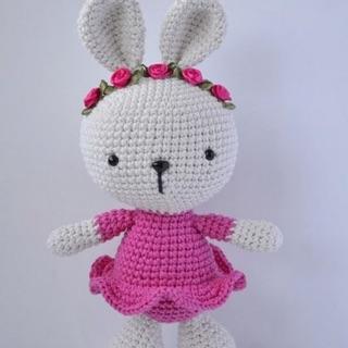 Len móc thỏ xinh xắn