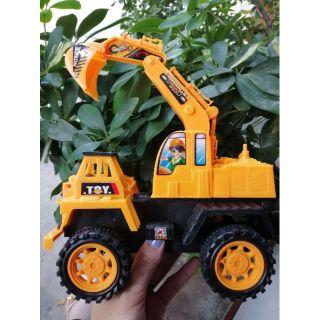 Xe đồ chơi công trình bánh trớn cho bé trên 3 tuổi thumbnail