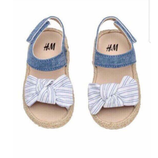 Sandal bé gái H&M - 2889544 , 740143260 , 322_740143260 , 1380000 , Sandal-be-gai-HM-322_740143260 , shopee.vn , Sandal bé gái H&M