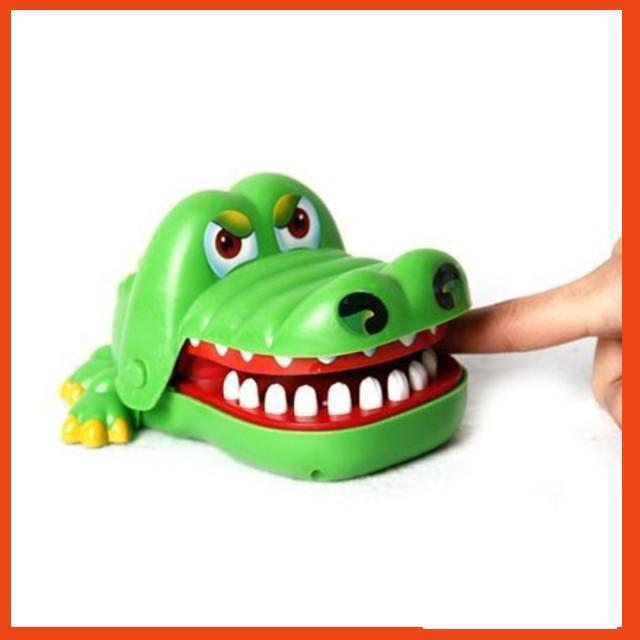 [Hot Sale] Bộ trò chơi cá sấu cắn tay ❤❤❤