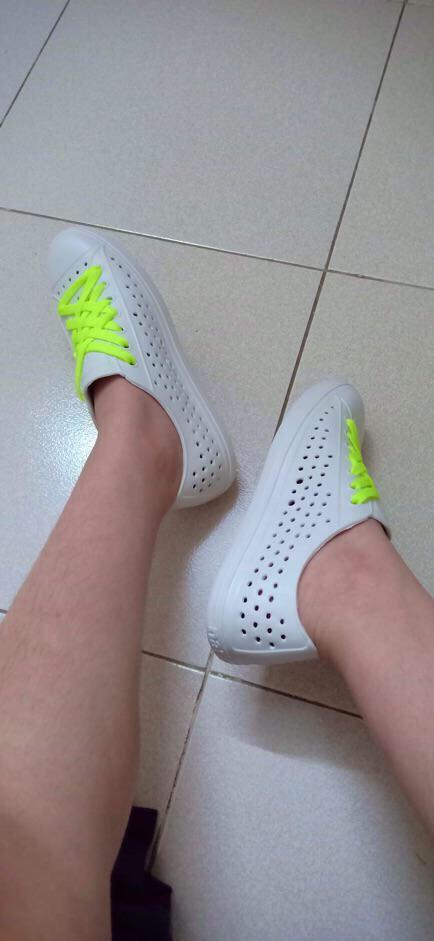 [Tặng jb cài dép + 1 đôi dây giày] giày nhựa SD9004 thời trang nhựa xốp siêu nhẹ