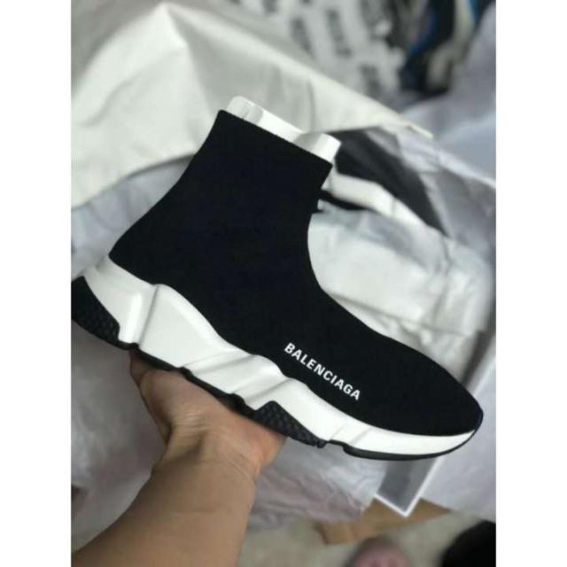 รองเท้าผ้าใบBalenciaga