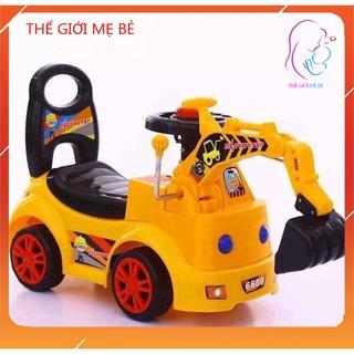 Xe cẩu trẻ em, xe cẩu chòi chân cho bé bằng nhựa cực kỳ chắc chắn thumbnail