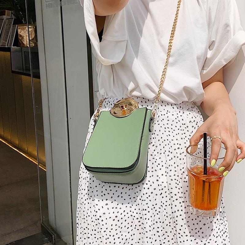 Túi da đeo chéo dây kim loại thời trang cho nữ