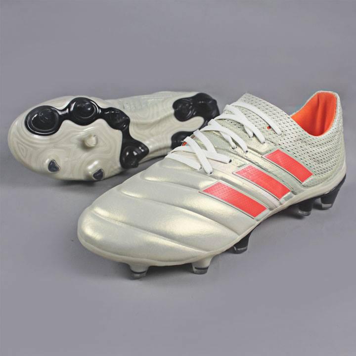 giày bóng đá copa đinh cao