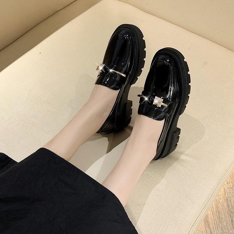Giày bánh mì dày lười nữ phong cách cá tính 2020