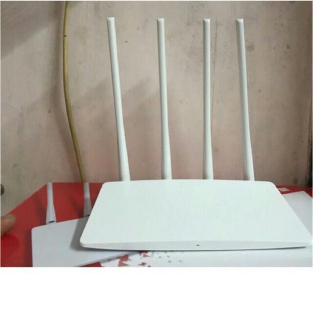 Bộ kích wifi 4 anten Mercury MW325R ( 4 râu dài thu phát có cổng lan).