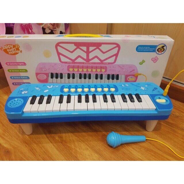 Combo đàn organ có míc và bếp kitty loại trung tặng kèm 2 kẹp tóc