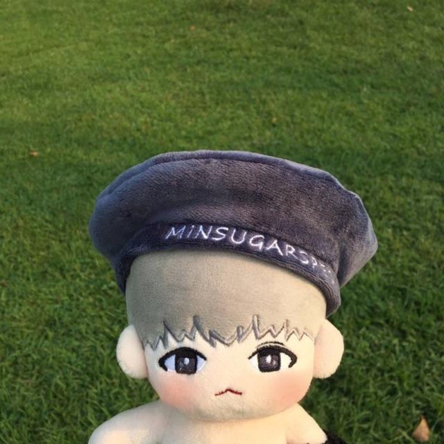 Doll Spec Suga BTS kèm mũ hàng fansite