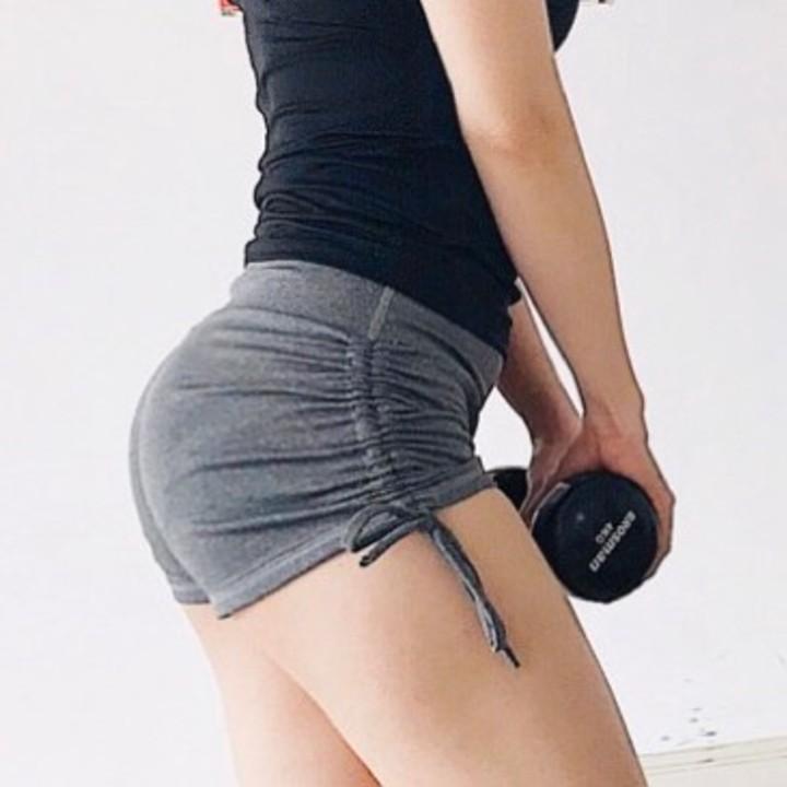 Mặc gì đẹp: Thoáng mát với Quần tập Gym, yoga, aerobic, thể thao. Quần đùi rút dây tập gym nữ QGM19