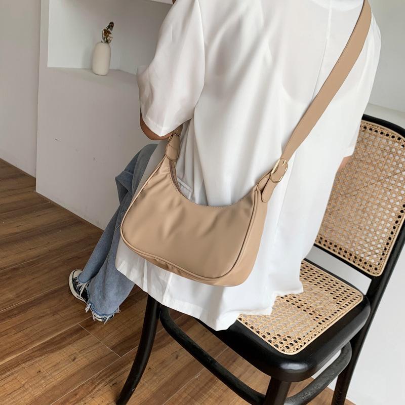 Túi xách phong cách Hàn Quốc kiểu dáng đơn giản trẻ trung cho nữ