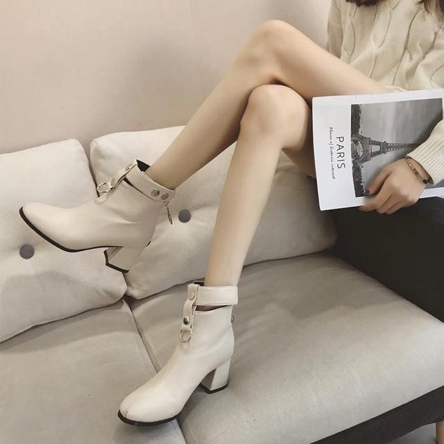 (Có sẵn) kèm ảnh thật - Boots cổ cài cúc, da PU gót vuông cao 6cm   WebRaoVat