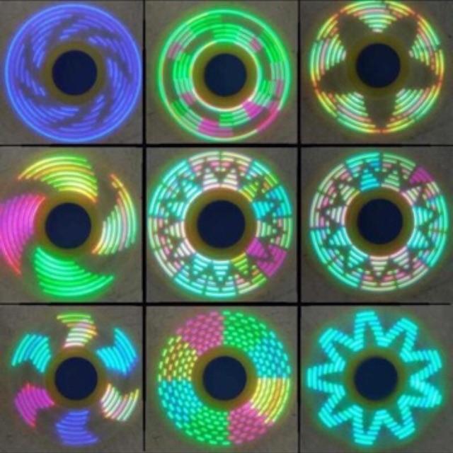 Con quay thay đổi >18 kiểu đèn như hình