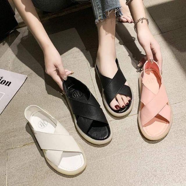 Giày nữ bé gái